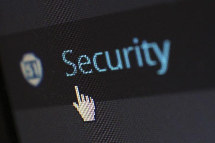 Jak zapobiegać kradzieży danych osobowych