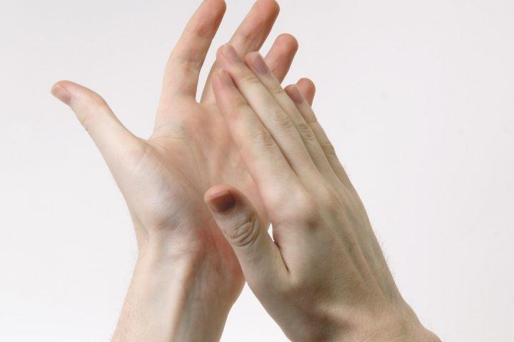 Jak i czym pielęgnować dłonie?