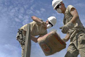 Zbrojenie betonu. Jak i kiedy zbroi się wylewkę podłogową?
