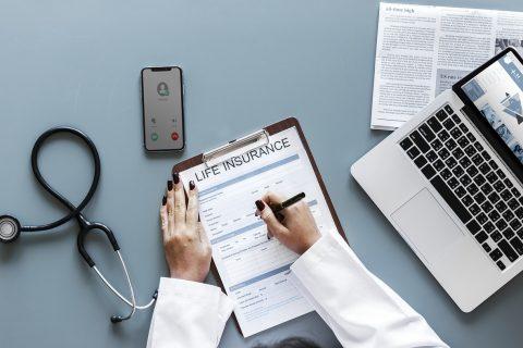 Ubezpieczenie na życie – Warta czy PZU?